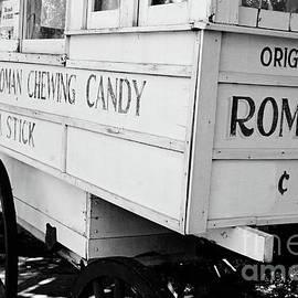 Scott Pellegrin - Roman Chewing Candy - BW
