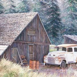 Roslyn Barn-Roslyn, WA by Paul Henderson