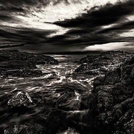 Rushing Tide - Thomas Ashcraft