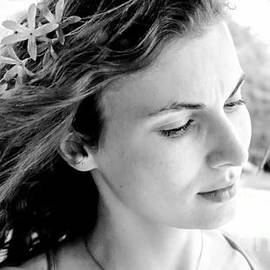 Mioara Andritoiu - Sad Angel