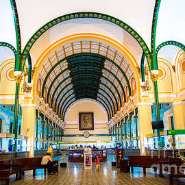 Rene Triay Photography - Saigon Main Central Post Office