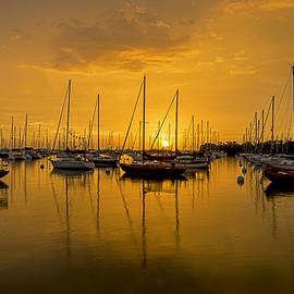 Sailboat Bay 5187F by Steve Lipson