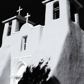 Nicholas Blackwell - San Francisco de Asis Front View - Black and White
