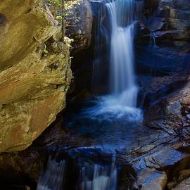 Screw Auger Falls by Thomas Tuck