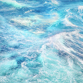 Guido Montanes Castillo - Sea waves. High sea....