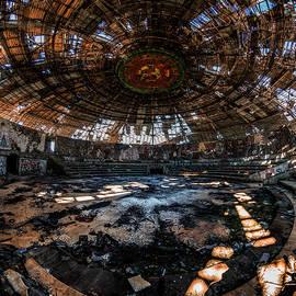 Sealed Forever by Jaroslaw Blaminsky