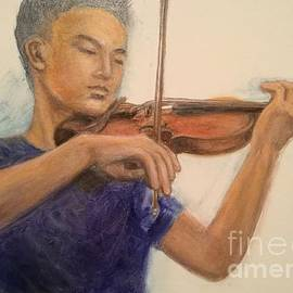 Lavender Liu - Violinist 1