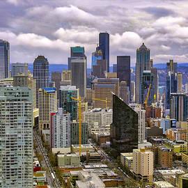 Seattle Skyline by Lorraine Baum