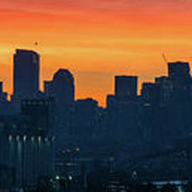 Mike Reid - Seattle Skyline Skies On Fire