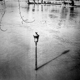 Seine river goes up and Paris under water by Cyril Jayant