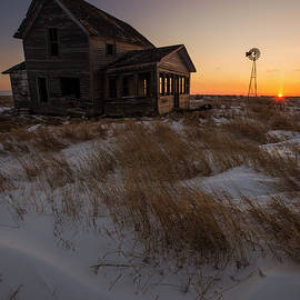Aaron J Groen - Shadow on the Sun