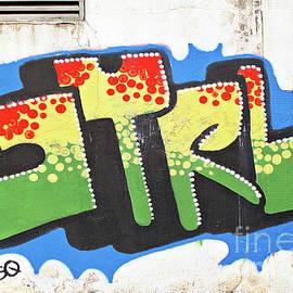 Ethna Gillespie - Shatin Graffiti