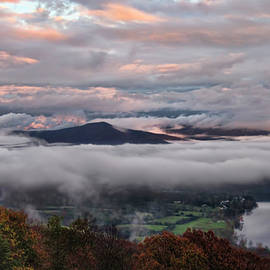 Lara Ellis - Shenandoah Valley November 2015 Skies