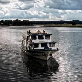 Aleksandrs Drozdovs - Ship...
