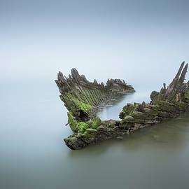 Ship Wreck  - Ian Hufton
