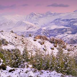 Guido Montanes Castillo - Sierra nevada at sunset