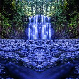Pelo Blanco Photo - Silver Falls - Upper North Falls Reflection 2