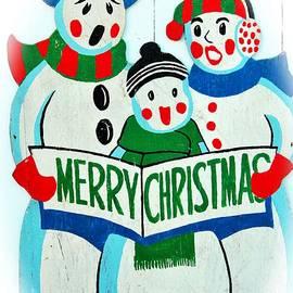 Cynthia Guinn - Singing Snowman Family