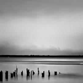 Wallaroo Images - Smoke On The Water