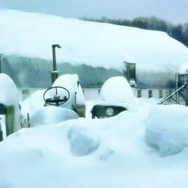 Snowy Farm by Jenn Teel