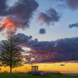 Mark Papke - Sodus Bay Lighthouse At Sunset