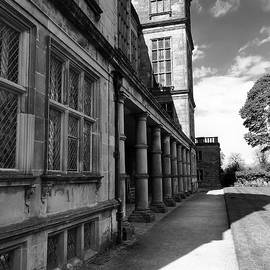 Andy J Gill - Hardwick Hall - South Elevation Pillars