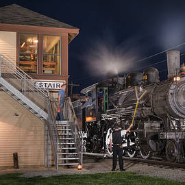 Jim Pearson - Southern Steam engine 401 prepares to pickup a set of train orders at Stair Tower