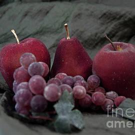 Sherry Hallemeier - Sparkeling Fruits
