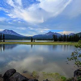 Lynn Hopwood - Sparks Lake with clouds