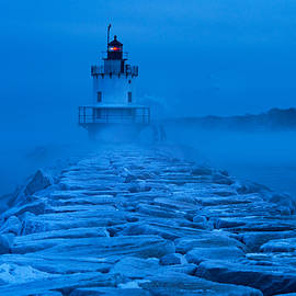 Jack Milton - Spring Point Light Sea Smoke