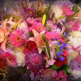 Springtime Bouquet 002 by Lingfai Leung