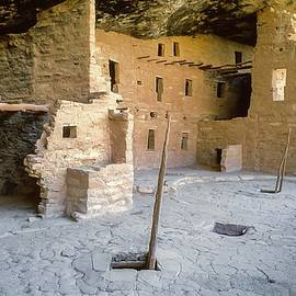 Spruce Tree House Plaza Mesa Verde by NaturesPix
