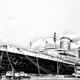 SS United States by Bill Cannon