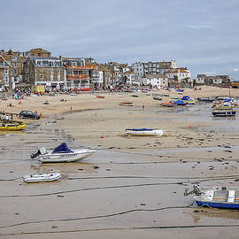 Andrew Wilson - St Ives At Low Tide