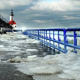 David T Wilkinson - St Joseph Lighthouse Ice