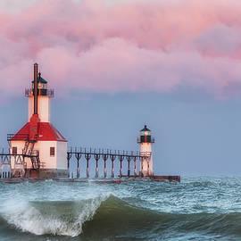 Wanda Parsons - St. Joseph, Michigan Lighthouse - 01
