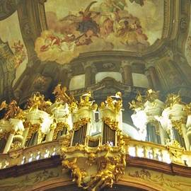 Nigel Radcliffe - St Nicholas Church Prague