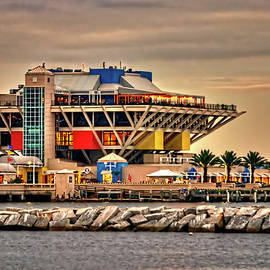 Charles Stackpole - St Petersburg Pier