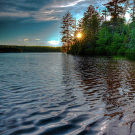 Star Sunset On Nicks Lake by David Patterson