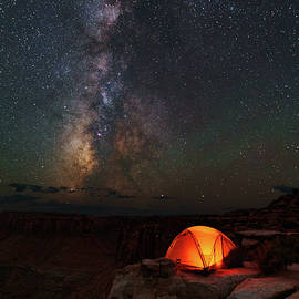 Mike Berenson - Starlight Camping On The Canyon Edge