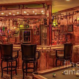 Reid Callaway - Steampunk Speakeasy ManCave Bar Art
