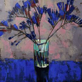 Anastasija Kraineva - Still life. Blue crystal.