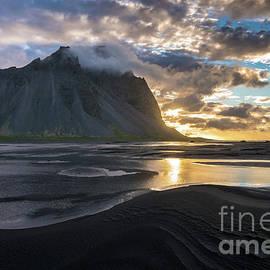 Stokksnes Waves of Sand - Mike Reid