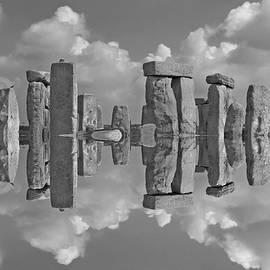 Stonehenge BW - Betsy Knapp