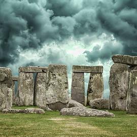 Stonehenge Storms - Martin Newman