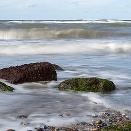 Andreas Levi - Stones, Seaweed And Waves