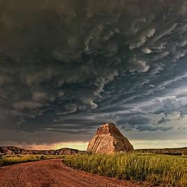 Storm Over Dinosaur - Dan Jurak