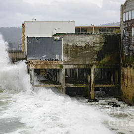 Storm Waves Hit Aeneas Ruins at Cannery Row