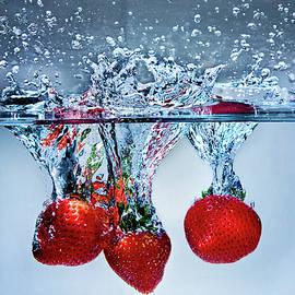 Strawberry Splash by Vanessa Valdes