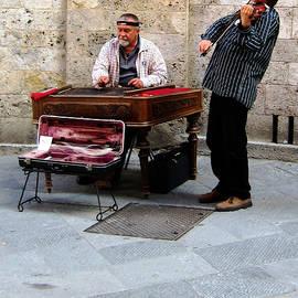 Street Musicians in Sienna